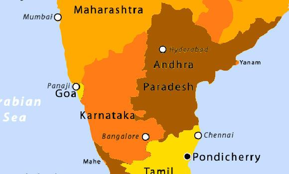 Karnataka and neighboring states are shown in this map from Wikipedia.