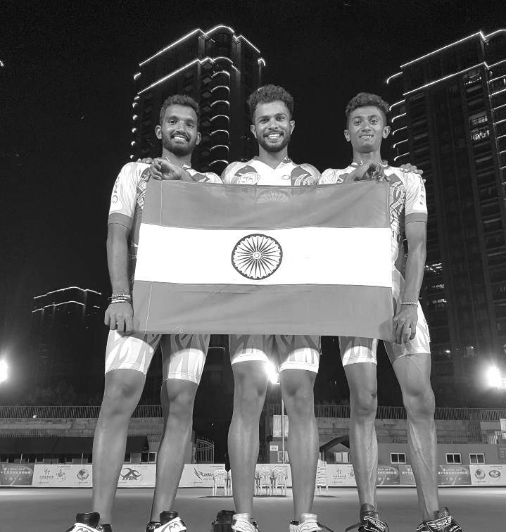 Dhanush Babu(right) with teammates Vikram Ingale and Nikhilesh Tabhane after winning the medal in the 17th Asian Speed Skating Championships in Lishui, China