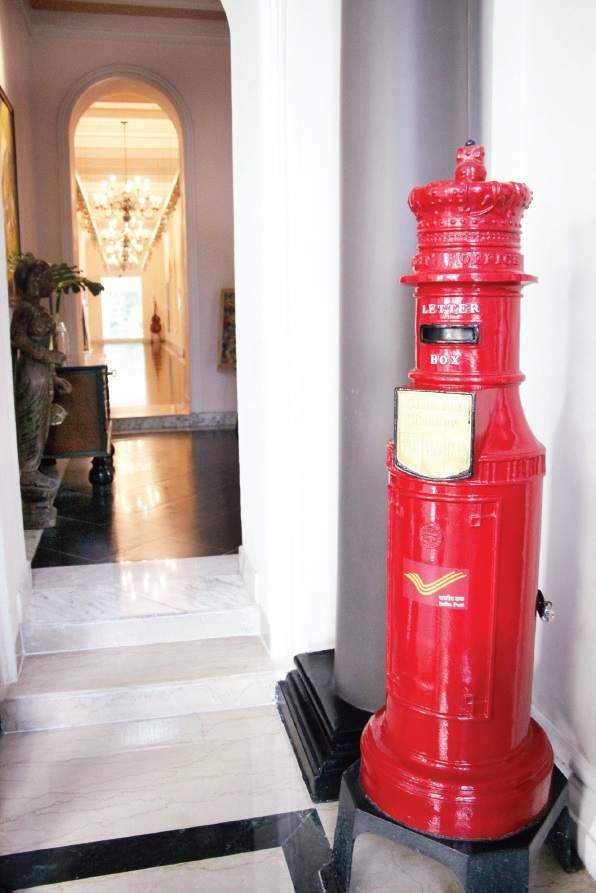 The post box located in the building which is the oldest functioning one in the city.