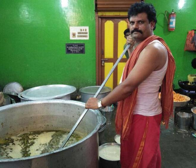 Food for thought: Cooks of Kondrahalli in Kolar are in demand in Andhra Pradesh and Tamil Nadu, besides Bengaluru.   | Photo Credit: Special Arrangement