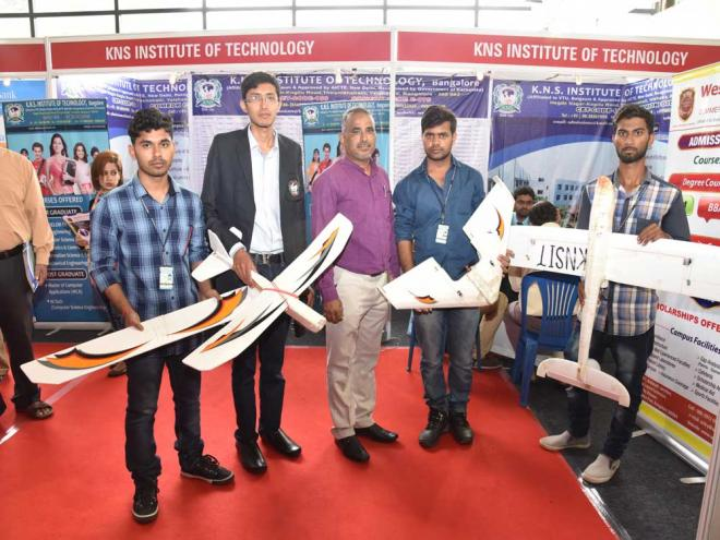 KNS Institute of Technology students display the drones designed by them at Eduverse, the ninth edition of Jnana Degula education expo organised by Deccan Herald and Prajavani, at Jayamahal Palace Hotel grounds on Sunday. DH photo