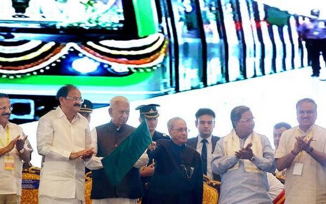 A milestone: President Pranab Mukherjee inaugurating the Green Line of Namma Metro Phase I in Bengaluru on Saturday