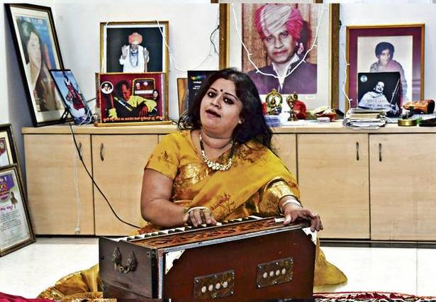 Born to music Sangeeta Katti Kulkarni with Begum Parveen Sultana, with Mother Theresa and with her guru, Kishori Amonkar Photos: courtesy Sangeeta Katti Kulkarni and Bhagya Prakash K. (cover and centre spread)