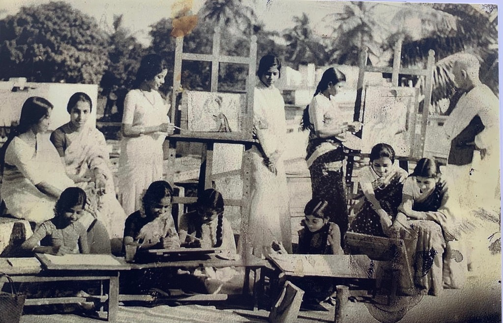 Subba Rao (extreme right) with his students.