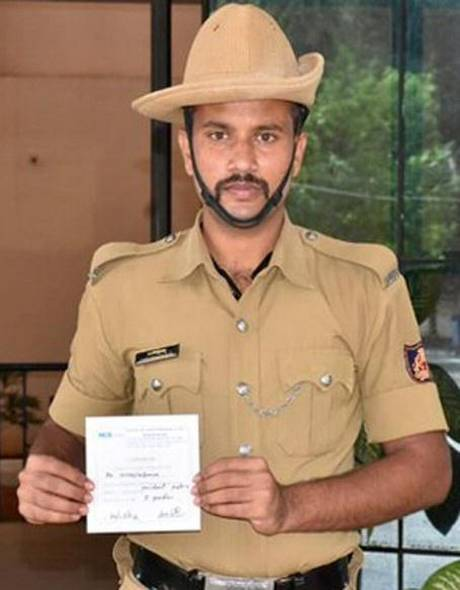 Constable Veerabhadraiah, who recovered from COVID-19 and has donated his plasma to help other patients.   Photo Credit: Special Arrangement